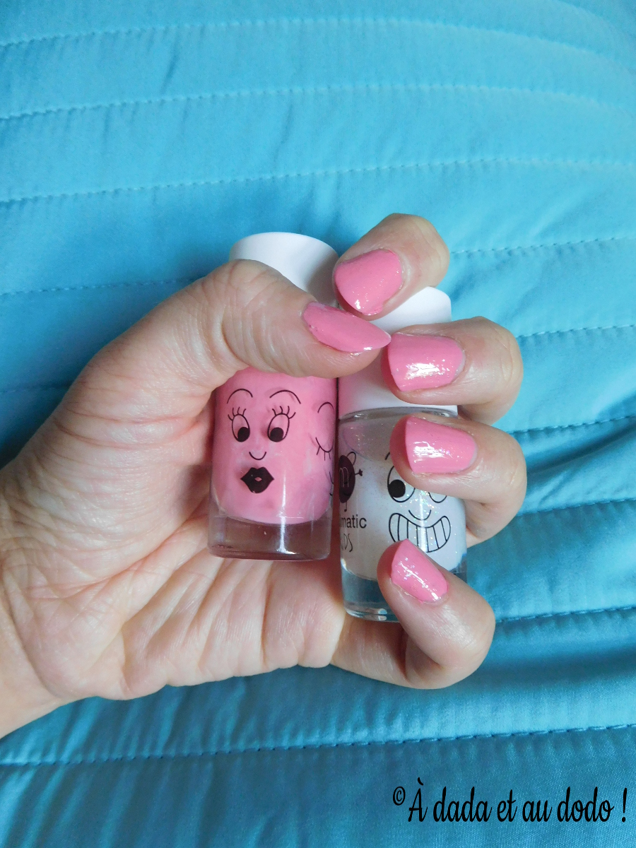 nail_matic_rose_topcoat