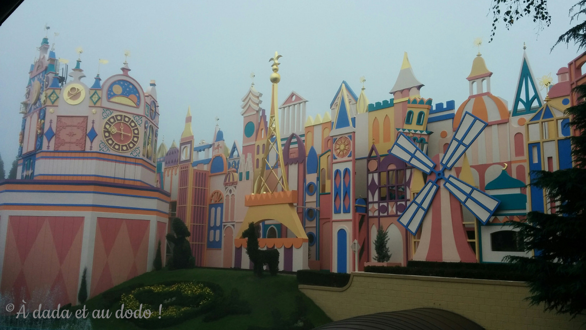 It's a small world à Disneyland Paris